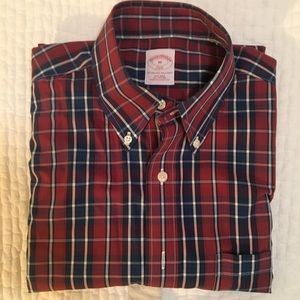 Brooks brothers button down short sleeve M